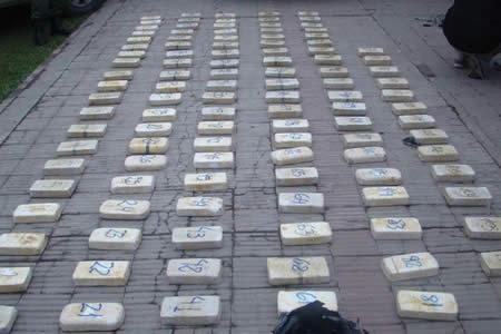 Mandan 10 años a la cárcel a un boliviano por narcotráfico