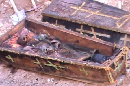 Hallan antiguo ataúd con restos de un oficial ruso en Turquía
