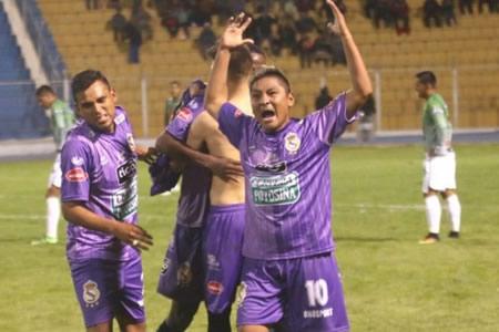 Real Potosí vence a Universitario con un gol agónico