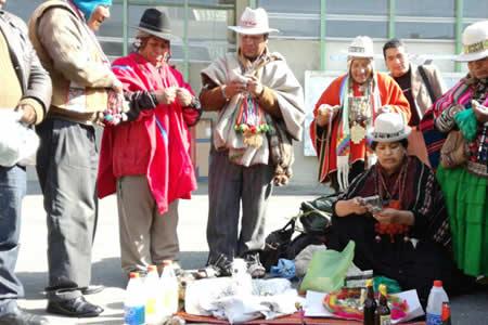 Alistan ley para recuperar 280 sitios sagrados para amautas