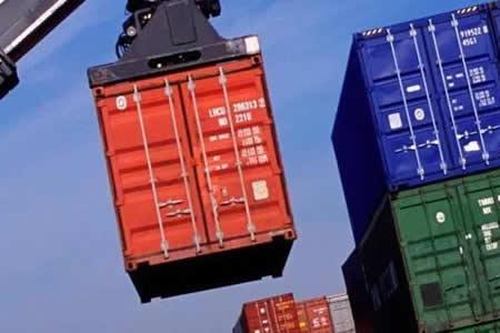 Empresarios alertan desplome de exportaciones bolivianas