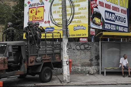 Las Fuerzas Armadas realizan megaoperación contra crimen organizado en Río