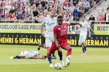 El Zenit pierde en Utrecht y emplaza su clasificación para la vuelta