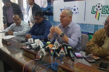 Fabol llegó a un acuerdo con los clubes deudores para que el torneo de la Liga continúe