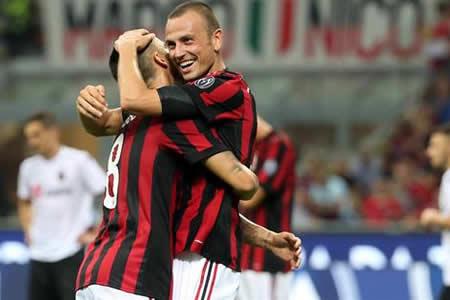 El Milán arrasa; Athletic, Everton, Braga y Salzburgo cerca del pase