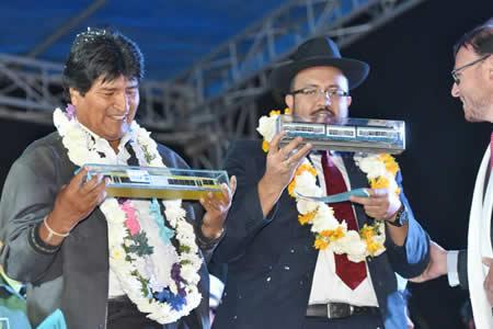 Inauguran construcción de primer tren eléctrico metropolitano de Bolivia