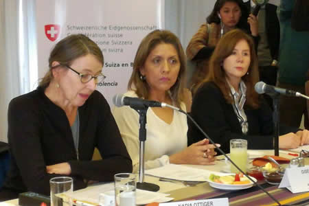 Cooperación Suiza financia $us 4 millones en campaña contra violencia a la mujer hasta 2020