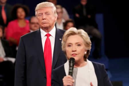 """Hillary Clinton llama a Trump """"asqueroso"""" en su nuevo libro de memorias"""