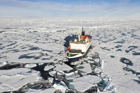 Extensión capa hielo en Ártico y Antártico en enero más reducida en 38 años
