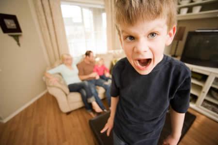 """Los niños hiperactivos sufren """"trastorno cerebral"""" y no son unos maleducados"""