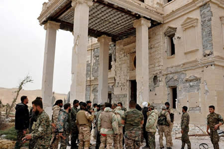 Ejército sirio recupera terreno al EI y se sitúa a 25 kilómetros de Palmira