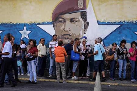 El chavismo pone a prueba la lealtad de su militancia con el simulacro