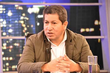 Sánchez: seis de cada 10 habitantes de La Paz cuentan con servicio de gas domiciliario