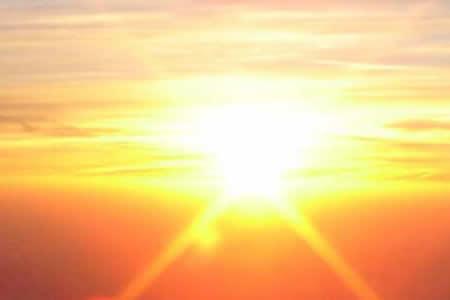 Corona tranquila del Sol domina las contribuciones de radiación ultravioleta