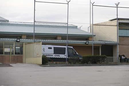Prisión sin fianza para Villar y su hijo por lucrarse con la federación