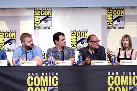 """""""The Walking Dead"""" homenajea en Comic-Con al especialista que murió en su set"""