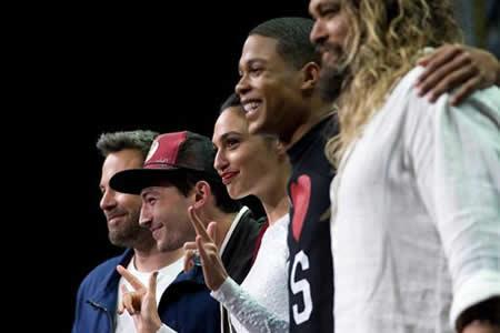 """""""Justice League"""", Spielberg y """"Blade Runner 2049"""" conquistan la Comic-Con"""