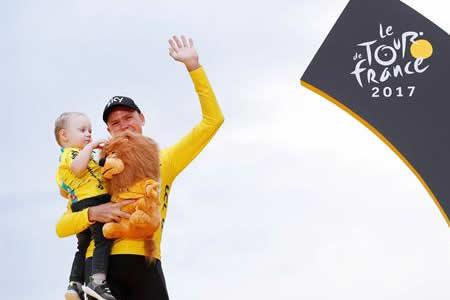 """Froome: """"Me siento privilegiado de estar tan cerca de los mitos del Tour"""""""