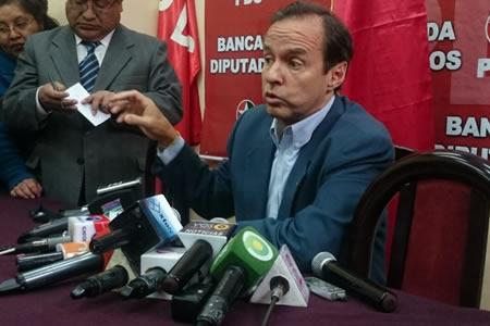 """Quiroga: """"El narcotráfico y servilismo están casados al gobierno"""""""