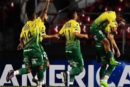 Chapecoense confía en seguir en defensa del título ante un renovado rival