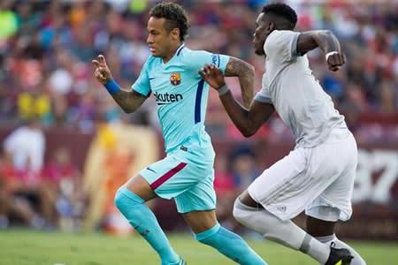 Neymar sólo habla en el campo, con sus goles