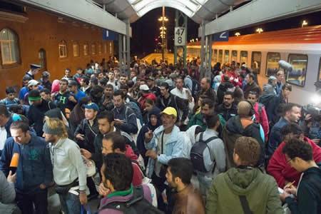 Miles de solicitantes con asilo concedido en Alemania, con fichas incompletas