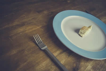 """¿Vivir del aire? Esta pareja lleva 9 años casi sin comer, alimentándose de """"la energía del universo"""""""