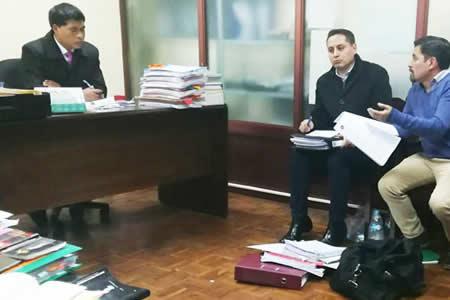 Detención domiciliaria para Achá, expresidente de YPFB
