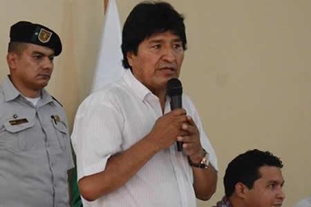 Evo Morales informa que ya se firmó Decreto para pagar multa a los 9 bolivianos