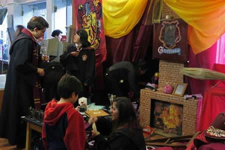 Bolivianos se suman a celebración de 20 años del primer libro de Harry Potter