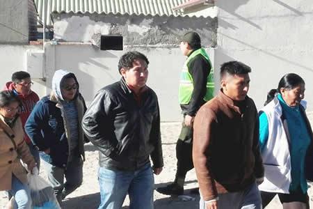 Militar liberado asegura: 'Estamos felices de pisar nuestro territorio'