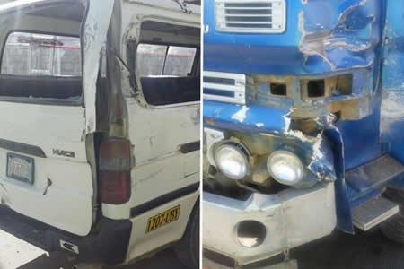 Colisión entre volqueta y minibús deja cinco heridos