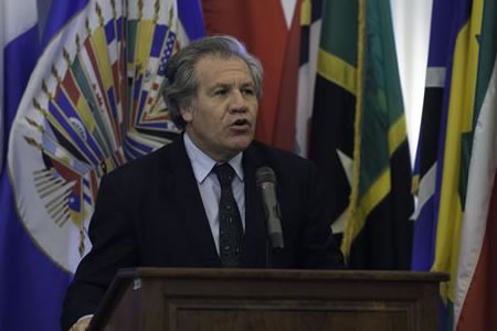 Almagro celebra que 14 países de OEA no descarten la suspensión de Venezuela