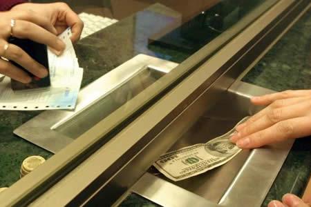 BCB: Remesas suben 5,2% en enero y llegan a 93,9 millones de dólares