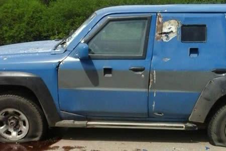 Robo millonario: A balazos asaltan a un vehículo blindado en Santa Cruz