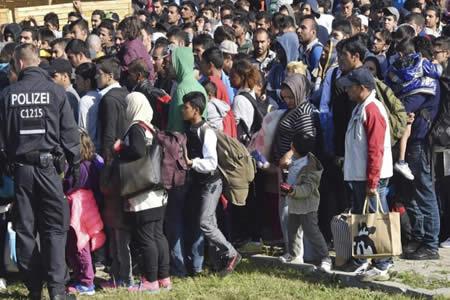 Alemania recibió en abril a cerca de 12.000 nuevos solicitantes de asilo