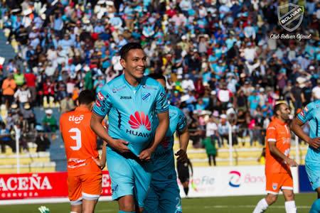 Bolívar destroza a Sport Boys y amplia su ventaja en el liderato