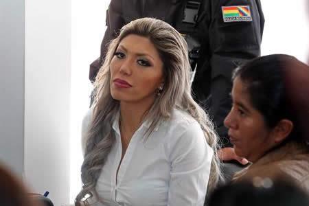 Condenan a 10 años de cárcel a Gabriela Zapata