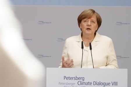 Merkel urge a todos los países a contribuir en lucha contra cambio climático