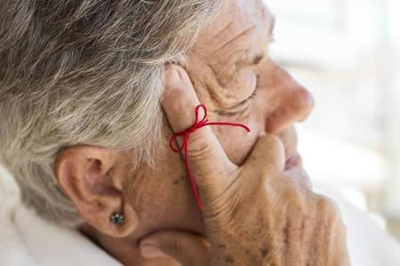Aumentó número de muertes por Alzheimer en pasada década en EEUU, según CDC