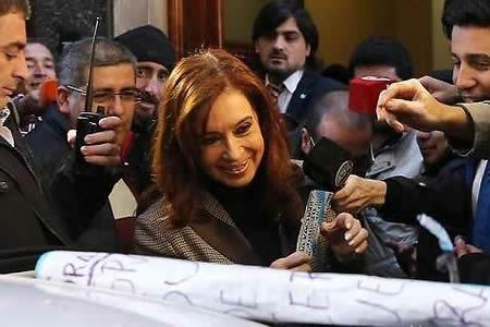 Cristina Fernández deja la puerta abierta a ser candidata a las legislativas