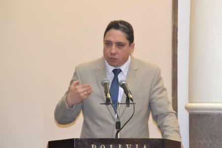 Arce lamenta que EEUU aún proteja a 'Goni' y Sánchez Berzaín acusados por genocidio en Bolivia