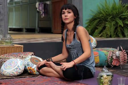Camila Sodi: Las hormonas juegan un gran papel en el amor, no sólo la cabeza