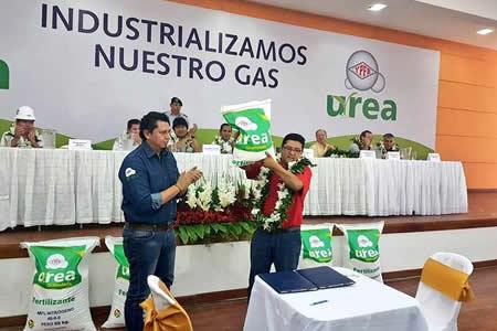 Anuncian exportación a Brasil de 335.000 toneladas de urea