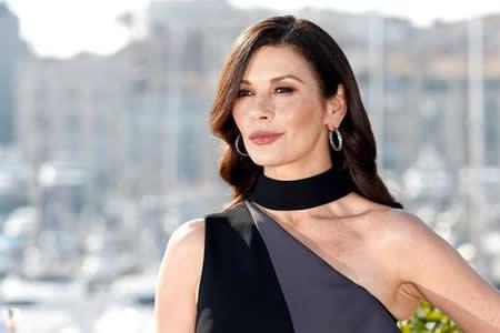 Zeta-Jones, orgullosa de las actrices que denunciaron los abusos de Weinstein