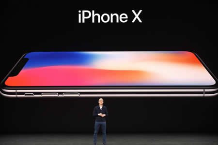 IPhone X, un móvil de mil dólares con reconocimiento facial y sin marcos