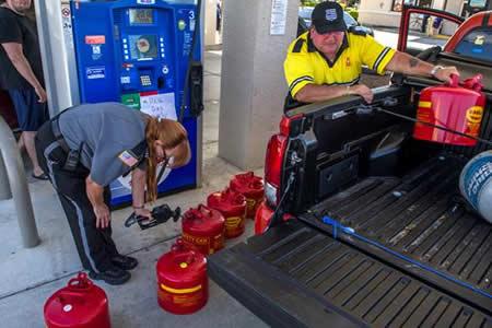 Afectados por Irma regresan a Florida con tráfico y falta de gasolina