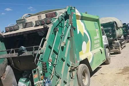 Levantan bloqueo hacia el relleno sanitario de El Alto