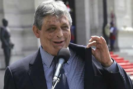 Paz Zamora impulsa nueva fuerza alternativa a la reelección de Evo Morales