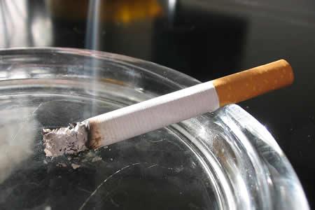 """Menos nicotina y cero combustión, nuevos frentes para """"bajar humo"""" en América"""